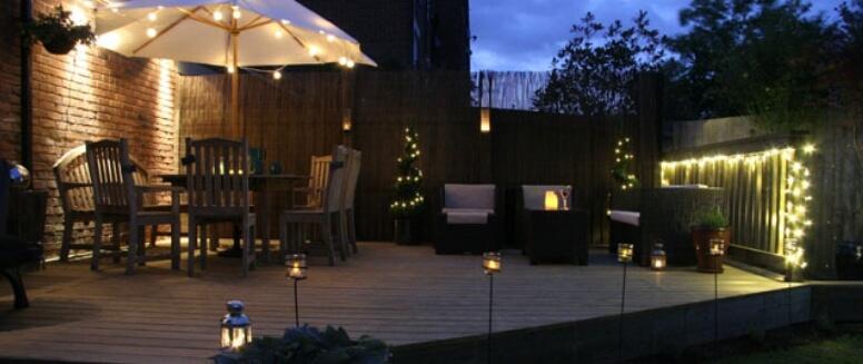 Garden decking maintenance advice tips on wooden for Garden decking lights uk