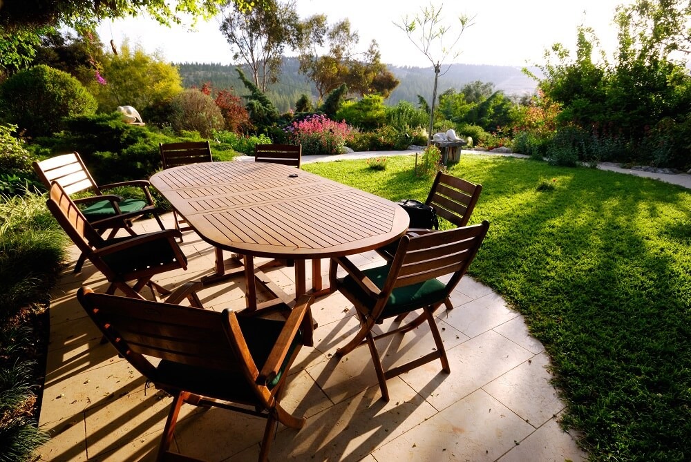 well maintained garden furniture. Garden Furniture   Which Treatment to Clean   Maintain