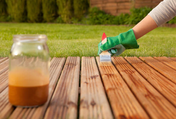 decking-oil-application