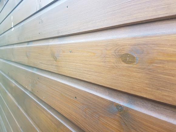 garden-shed-varnish