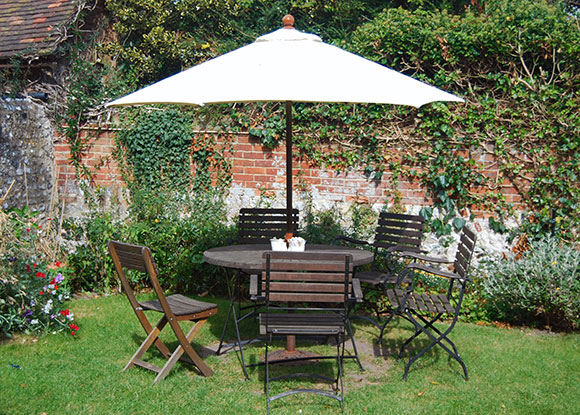 garden furniture preservative to protect wood